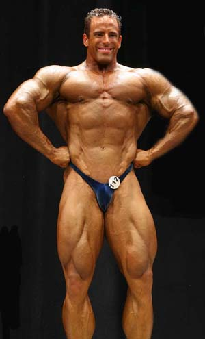 bodybuilder-todd-jewell-lats.jpg